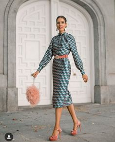 Classy Outfits, Trendy Outfits, Cute Outfits, Modest Fashion, Fashion Dresses, Fashion Bloggers Over 40, Winter Wedding Outfits, Birthday Outfit For Women, Fiesta Outfit