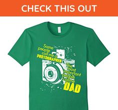Mens The Most Important People Call Me Dad - Photographer T Shirt Large Kelly Green - Relatives and family shirts (*Amazon Partner-Link)