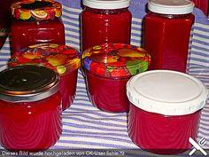 Kornelkirschen-Marmelade mit weißer Schokolade und Whisky
