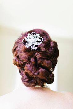 Wedding hairstyles / Photography: Jo Clark Of BluElla Photography - www.bluella.com  Read More: http://www.stylemepretty.com/california-weddings/2014/06/02/romantic-yellow-gray-wedding-2/