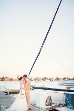 Wedding Photography | Naples Yacht Club Wedding | Florida Destination Wedding Photographer | Southwest Florida Nautical Weddings | Hunter Ryan Photo | No Worries Weddings | Total Package Band of Atlanta | www.hunterryanphoto.com | @Paige Simpson