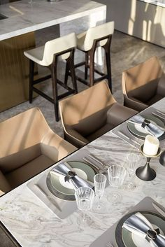 The grand plan interprets space, life, environment and residential Luxury Dining Room, Dining Room Design, Modern Interior, Interior Styling, Room Interior, Table Setting Inspiration, Lunch Room, Interior Design Companies, Dining Table Chairs