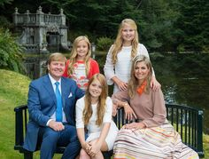 ♥•✿•QueenMaxima•✿•♥...Merry Christmas From The Dutch Royal Family