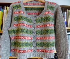 Ravelry: Stickigt's Torborg Inspirerende Fair Isle Knitting, Hand Knitting, Knitting Patterns, Knitting Ideas, Ravelry, Pulls, Knitwear, Knit Crochet, Cardigans