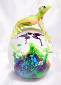 Glass Frog Paperweight | double paperweight with a round glass paperweight and a glass frog ...
