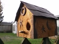 Birdhouse cedar western rust