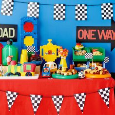 Birthday party ideas: Trucks, cars and trains - Articles - Family LEGO.com