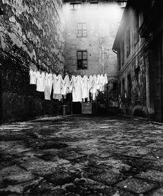 Wäsche im Hinterhof, 1973 | © Manfred Paul