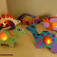 Fun Arts And Crafts, Crafts For Kids To Make, Diy And Crafts, Paper Crafts, Kids Crafts, Dino Craft, Dragons, Chinese Lanterns, Paper Lanterns
