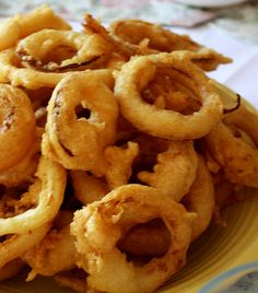 Crispy Onion Rings! Just in time for National Onion Ring day! Perfect for #picnics #recipes #foodie
