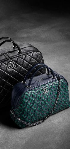Large calfskin bowling bag with... - CHANEL