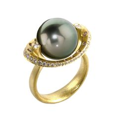 Robin Waynee One-of-a-Kind Spinning Tahitian Pearl Amethyst Diamond Gold Ring | From a unique collection of vintage cocktail rings at https://www.1stdibs.com/jewelry/rings/cocktail-rings/