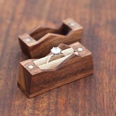 Mountain ring box. Cute. X - Tap to link now to check out our awesome jewellery! Tap link now to find the products you deserve. We believe hugely that everyone should aspire to look their best. You'll also get up to 30% off plus FREE Shipping. Amazing!