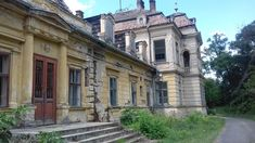 Hungary, Abandoned, Mansions, House Styles, Home, Google, Left Out, Manor Houses, Villas