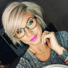 Cute Hairstyles for Short Hair in 2019 Cute Hairstyles for Short Hair in Hairstyles Ideas Short Hairstyles for Thin Hair beauty inspiration for thin hair bob haircuts bob hairstyles Popular Short Hairstyles, Cute Hairstyles For Short Hair, Hairstyles For Round Faces, Haircut Short, Hairstyles 2016, Medium Hairstyles, Hairstyles Haircuts, Short Hair For Girls, Glasses Hairstyles