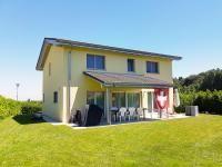 Aumont (Suisse) - Villa récente (2013), dans un quartier résidentiel à Vendre.