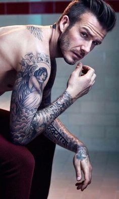 hot dudes and tattoos