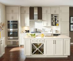 Helpful kitchen remodeling tips to help you begin planning for your kitchen remodel no matter what your budget. Beautiful inspiration photos of remodeled kitchens.