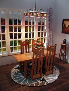 Arts And Crafts Movement Dining Room. Fabulous!, #artsandcrafts  #greenvillscrealestate #greenvilleschomerestoration