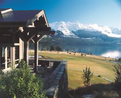 blanket bay luxury lodge glenorchy, new zealand luxury ranch with backdrop from LOTR between 2 national parks kayaking on the lake Lakeside Hotel, Lake Hotel, Auckland, Tasmania, Places To See, Places To Travel, Travel Things, Vacation Places, Bay Lodge