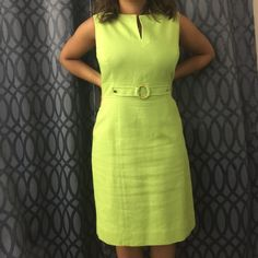 Tahari Lime Green Midi Dress Lime green Tahari midi dress perfect for the office! Has gold accent details on the belt line. Great condition and only worn once or twice. 100% Cotton with a 100% Acetate lining. Make me an offer ‼️ Tahari Dresses Midi