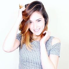 Entren al canal de Kika Nieto!!! Tumblr, Hair Beauty, Crop Tops, Instagram Posts, Women, Squad, Batman, Fan, Disney