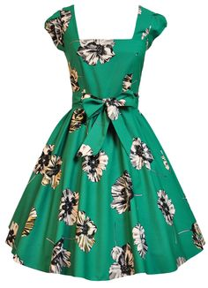 Jade Green Floral Swing Dress A parasol stroll in the park retro swing dress. These beauties are having a huge moment on trend again. Tent Dress, Swing Dress, Dress Skirt, 1950s Fashion, Vintage Fashion, Kinds Of Clothes, Work Clothes, Vintage Style Dresses, Floral Midi Dress