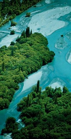 Kawarau River, near Queenstown - NZ