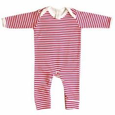 Baby Bunting Red & White Stripe Rompersuit makes the perfect new baby gift UK #babyhamper #babygifthamper #newbabygift #babygiftuk #babygiftbasket #babygift box #newborngift Unisex Baby Gifts, Newborn Baby Gifts, Baby Boy Gifts, Baby Gift Hampers, Baby Hamper, Baby Sensory Toys, Breastfeeding Cover, Baby Bunting, Baby Presents