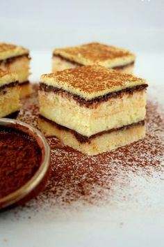 Hungarian Desserts, Hungarian Cake, No Bake Desserts, Delicious Desserts, Sweet Recipes, Cake Recipes, Apple Cinnamon Bread, Polish Recipes, How Sweet Eats
