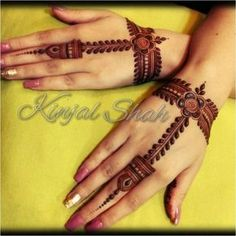 Quick, beautiful yet reasonable! Book ur orders for Mehndi Rasam N Siders. Contact Classes conducted for all… Finger Henna Designs, Mehndi Designs 2018, Mehndi Designs For Beginners, Modern Mehndi Designs, Mehndi Designs For Girls, Mehndi Design Pictures, Wedding Mehndi Designs, Dulhan Mehndi Designs, Beautiful Henna Designs