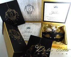 Dolce Vitta Convites: Nova coleção 2014 Kit para 15 anos modelo. Versailles - Baile de Mascaras cod.145 Kraft Envelopes, Quito, Versailles, Party Gifts, Sweet 16, 15 Years, Rose Gold, Wedding Ideas, Decoration