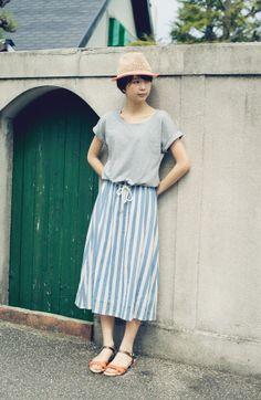 haco. [ハコ]|NUSY Tシャツとストライプスカートがくっついたみたいなロングワンピの会|フェリシモ