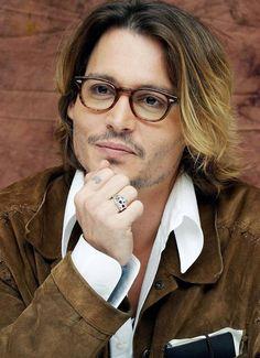 Johnny Depp ...love the SECRET WINDOW look...one of his best films. :)