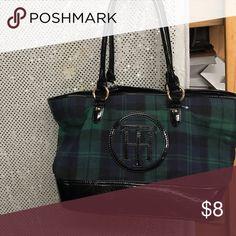 Tommy Hilfiger large bag plaid Lk nw Large bag carry all Tommy Hilfiger Bags Shoulder Bags