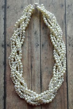 gorgeous pearl statement necklace for brides // heirloom wedding jewelry