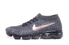 Explosive models 20181-1 quality with half code 36-45 Oreo copper hook 849558-010-9381443 Whatsapp:86 17097508495 Nike Tn, Nike Air Vapormax, Nike Air Force, Nike Air Max Plus, Nike Roshe Run, Air Max Sneakers, Sneakers Nike, Shoe Closet, Cleats
