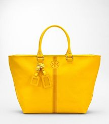 Spring is in the air with this #Buttercup #Yellow Tory Burch Hobo!