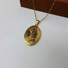 Antikes Jugendstil Medaillon Anhänger Gold 750 Diamanten