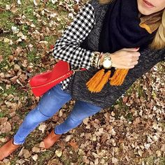 Regram! Changing leaves—change your wardrobe. Enter to WIN a $500 closet upgrade by tagging your fall Stitch Fix style with #StitchFixHarvest. That top & purse look FAB on you, @dreamalittledreamvt!