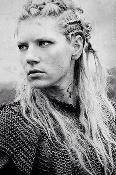 Vikings season 2 Lagertha