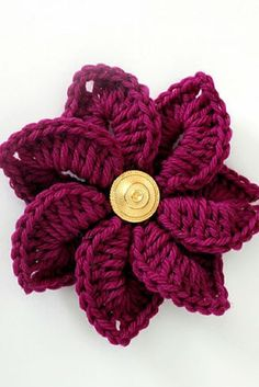 [Free Pattern] This Gorgeous Crocodile Stitch Flower Will Give A Little Extra Pop To Accessories, Home Decor And Even Gift Wrappings