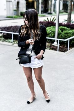The ultimate guide to building a minimalist wardrobe - Flaunt and Center Short Outfits, Fall Outfits, Minimalist Wardrobe, Minimalist Decor, Happily Grey, White Denim Shorts, Gal Meets Glam, Blazer Outfits, Affordable Fashion