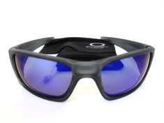 7d6b9760bd Oakley Fuel Cell Sunglasses OO9096-04 Black Frame Blue Polarized Etched Lens   fashion