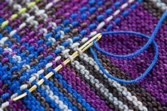 "Technique to turn garter stitch to tartan. [   ""Making garter stitch stripes into plaid - WOW unbelievable - this is GREAT! After knitting garter stitch, then weave in the plaid stripes!"",   ""plaid created with garter and top-weaving : Knitty Winter 2013 FREE Patt"",   ""Princess Franklin Plaid Collar - adapted from \""Princess Mary Plaid\""- a vintage Manual - Knitty Winter 2013"",   ""Amazing technique to turn garter stitch to tartan - knitting."",   "" This is how I will finish my simple blanket…"