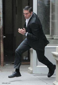 #MCM #PersonOfInterest John Reese The Runner. #BeastMode #TheManInTheSuit #JimCaviezel #RampagingReese #POI