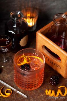 Winter Gin & Tonic with Elderflower & Sloe Cocktails And Canapes, Winter Cocktails, Holiday Drinks, Fun Drinks, Beverages, Holiday Ideas, Christmas Ideas, Alcoholic Drinks, Spiced Peach Jam