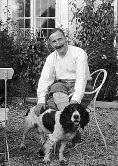 Stefan Zweig (1881-1942), an Austrian writer, and his dog