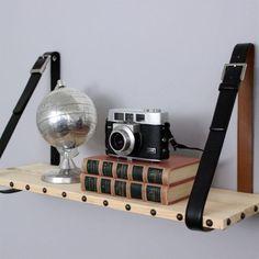 DIY: Estantería de madera y cuero