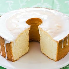 Stargal's Cosmos: 7-Up Pound Cake